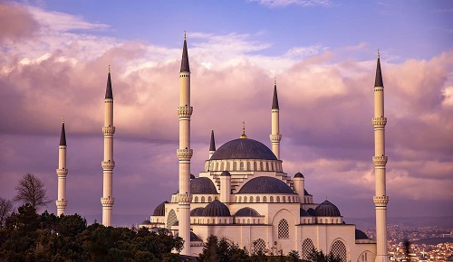 Study Abroad in Turkey with Leben Travels And Tours